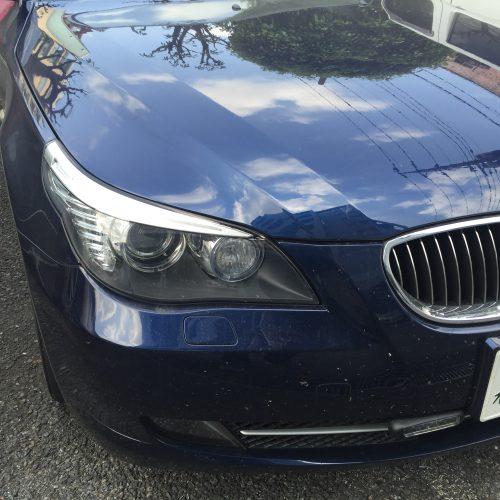 BMWのフロントガラスガラス修理